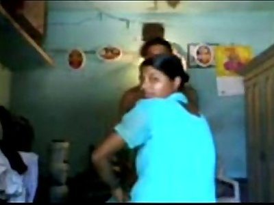Desi Andhra wifes home sex mms with husband leaked